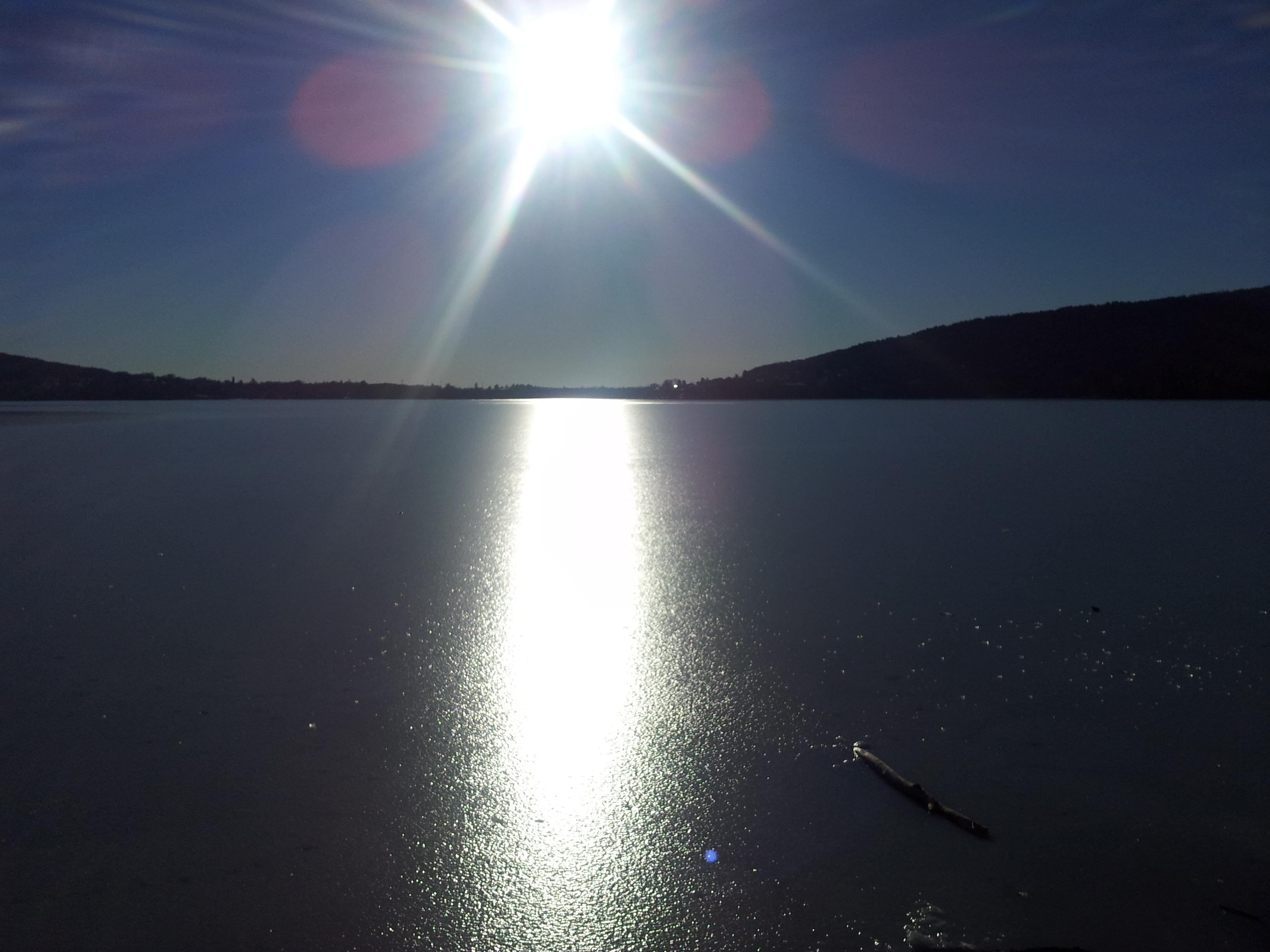 Lago ghiacciato Varese