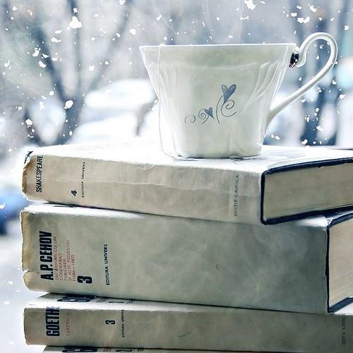 snowbookbook-cup-drink-outside-favim-com-2247742